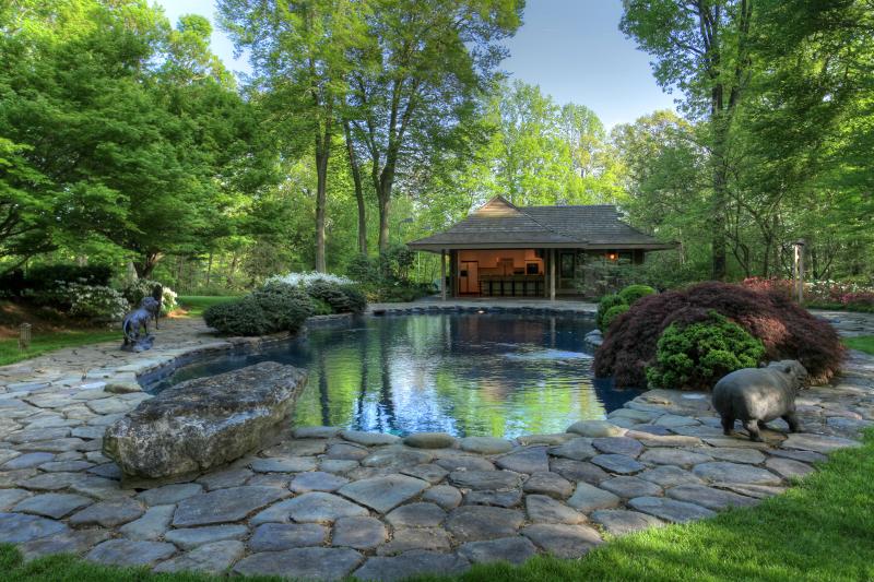 Частный односемейный дом для того Продажа на 90 Skyline Drive Bernardsville, 07924 Соединенные Штаты