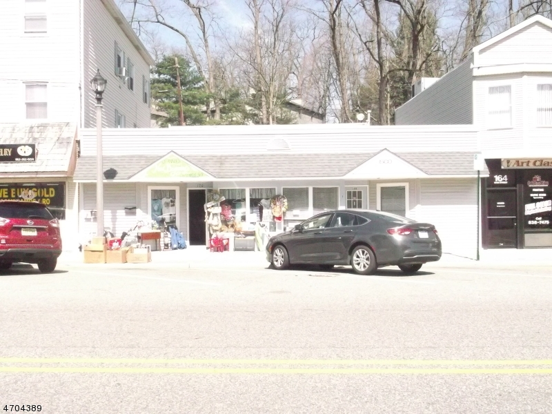 Commercial for Sale at 168-170 Main Street Butler, New Jersey 07405 United States
