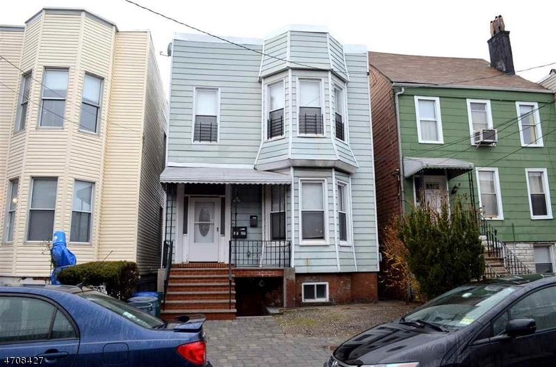 Maison unifamiliale pour l à louer à 261 Ogden Avenue Jersey City, New Jersey 07307 États-Unis