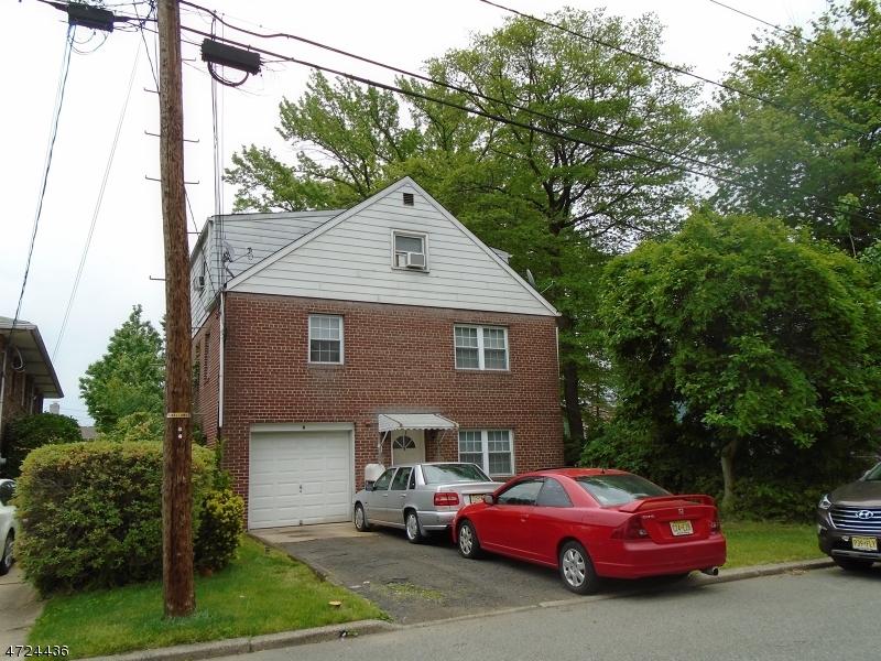 多户住宅 为 销售 在 6 Henry Street Moonachie, 新泽西州 07074 美国