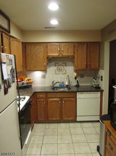 Single Family Home for Rent at 9F NEW BEDFORD Road West Milford, New Jersey 07480 United States