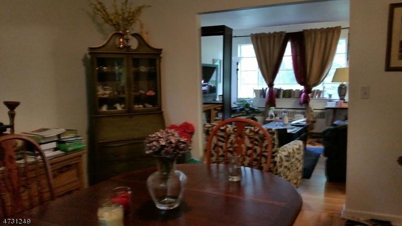 Частный односемейный дом для того Аренда на 39-B TROY DR BLDG 5 Springfield, Нью-Джерси 07081 Соединенные Штаты