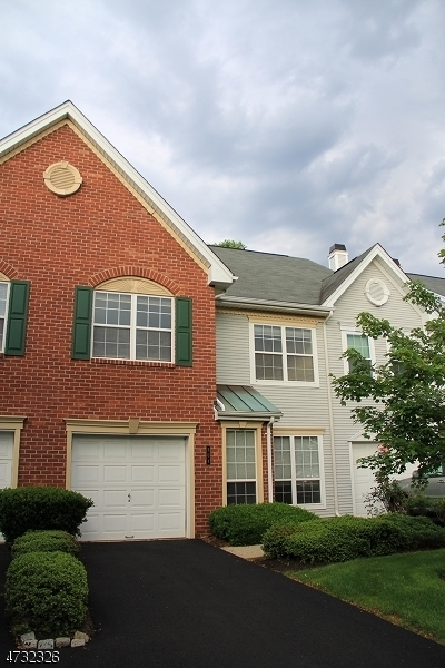 Maison unifamiliale pour l à louer à 304 Timberbrooke Drive Bedminster, New Jersey 07921 États-Unis