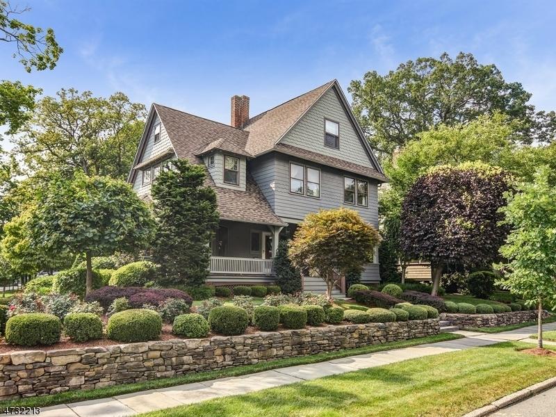 Single Family Home for Sale at 296 Ridgewood Avenue Glen Ridge, New Jersey 07028 United States