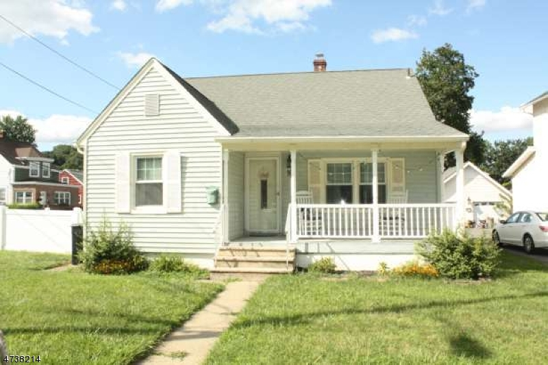 Single Family Home for Rent at Address Not Available Bloomingdale, New Jersey 07403 United States