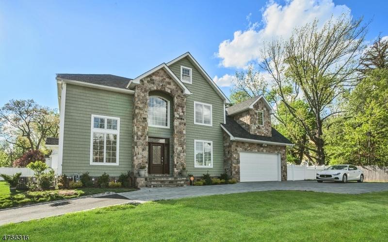 Maison unifamiliale pour l à louer à 174 Harrison Avenue Montclair, New Jersey 07042 États-Unis
