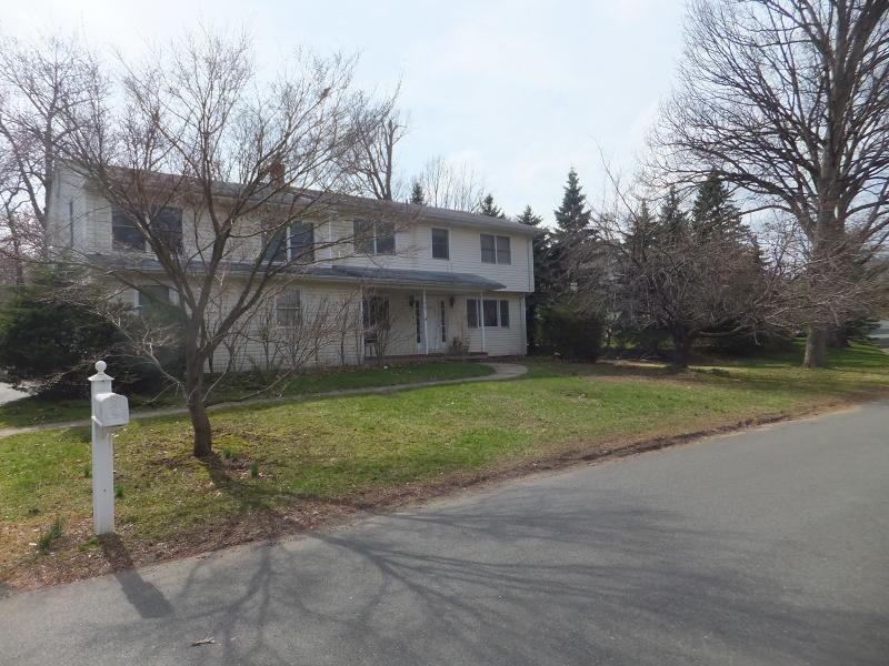 Maison unifamiliale pour l à louer à 128 Hillside Avenue Midland Park, New Jersey 07432 États-Unis