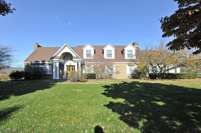 Частный односемейный дом для того Продажа на 397 Palmer Road Bangor, Пенсильвания 18013 Соединенные Штаты
