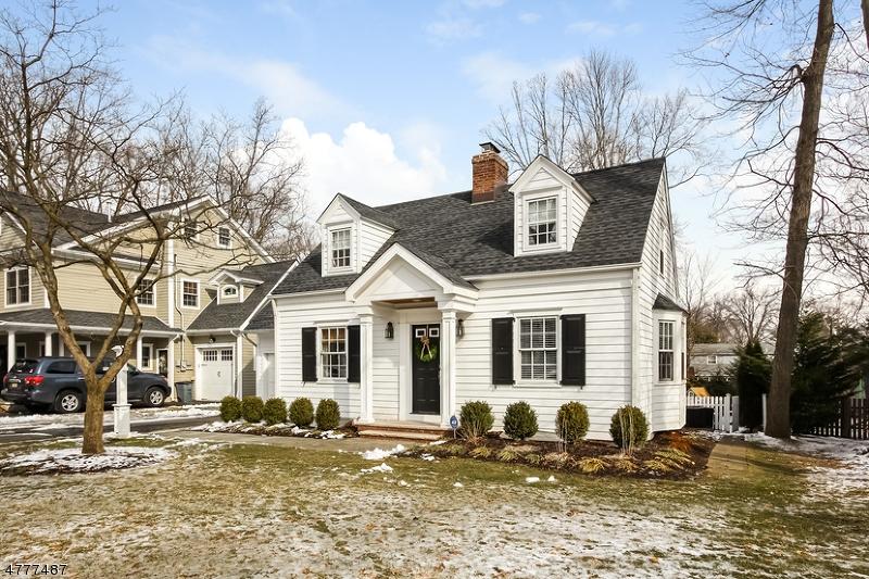 独户住宅 为 销售 在 12 Yarmouth Road 查塔姆, 新泽西州 07928 美国