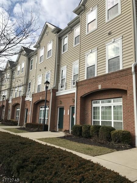 Μονοκατοικία για την Πώληση στο 801 Deluca Road Belleville, New Jersey 07109 United States
