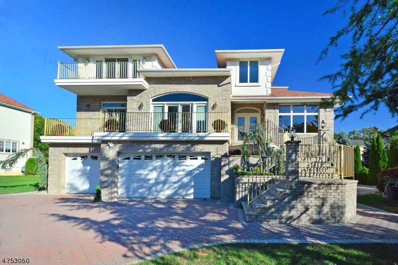 Частный односемейный дом для того Продажа на 9 Dykers Farm Road North Haledon, Нью-Джерси 07508 Соединенные Штаты