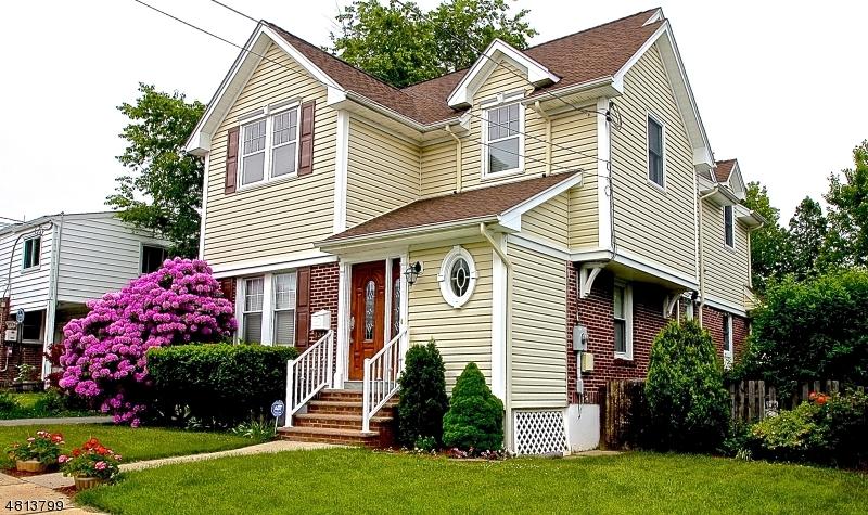 Частный односемейный дом для того Продажа на 13 BURBANK Street Fair Lawn, Нью-Джерси 07410 Соединенные Штаты