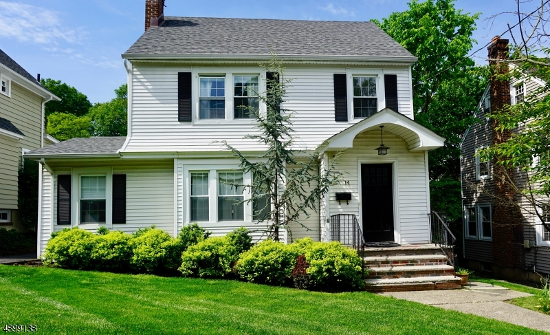 Single Family Home for Rent at 14 S PIERSON RD Maplewood, New Jersey 07040 United States