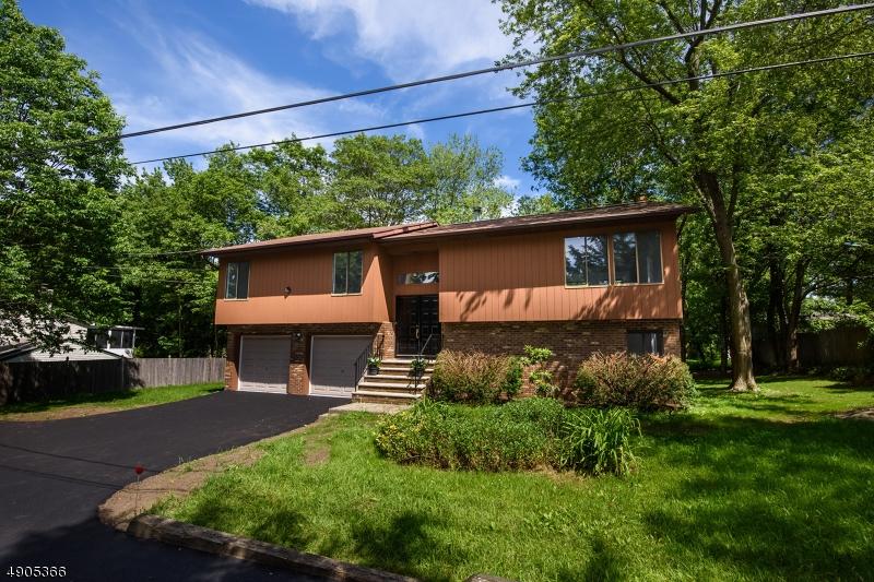 single family homes pour l Vente à West Milford, New Jersey 07480 États-Unis