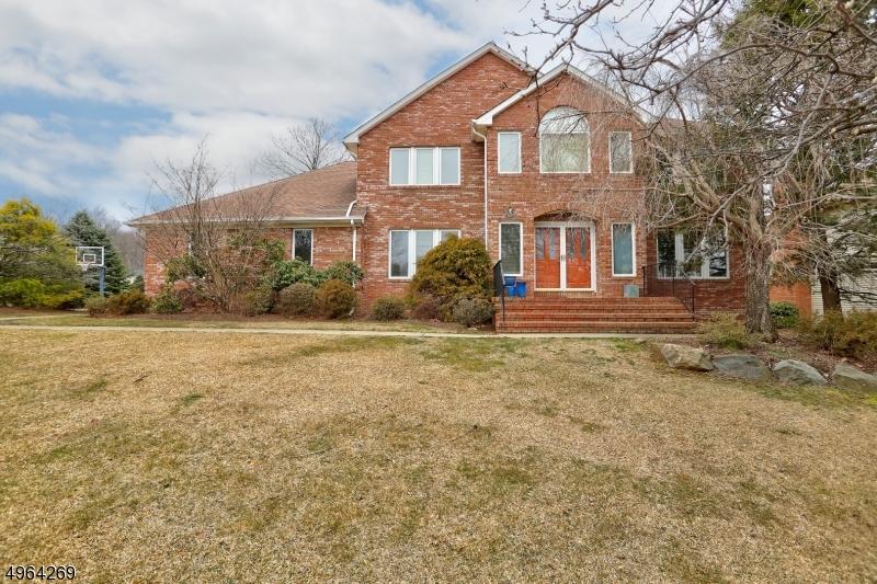 Single Family Homes vì Bán tại Parsippany, New Jersey 07054 Hoa Kỳ
