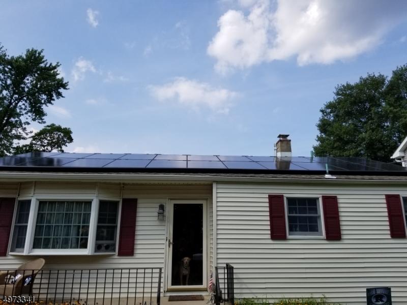 Single Family Homes vì Bán tại Hazlet, New Jersey 07734 Hoa Kỳ