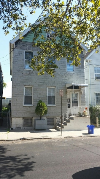 Additional photo for property listing at 30 Vincent St/25 Manufactur  Newark, New Jersey 07105 États-Unis