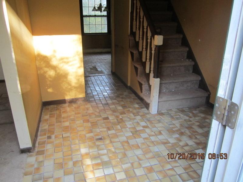 Additional photo for property listing at 4 Birch Road  Hackettstown, Нью-Джерси 07840 Соединенные Штаты