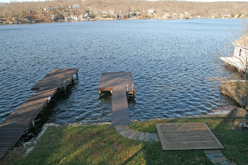 Additional photo for property listing at 247 Maxim Drive  Hopatcong, 新泽西州 07843 美国
