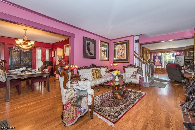 Additional photo for property listing at 34 Raymond Avenue  Nutley, Нью-Джерси 07110 Соединенные Штаты