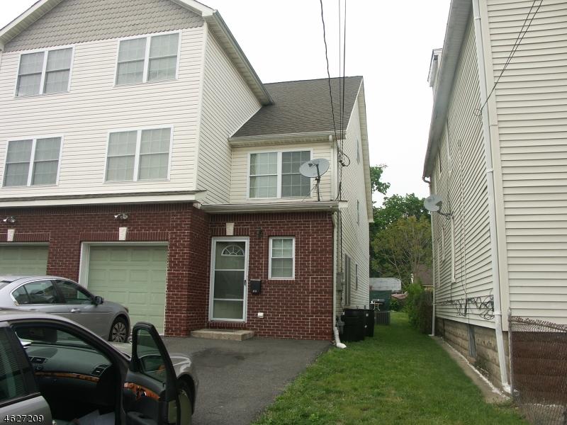 Casa Unifamiliar por un Venta en 473 Alden Street Orange, Nueva Jersey 07050 Estados Unidos