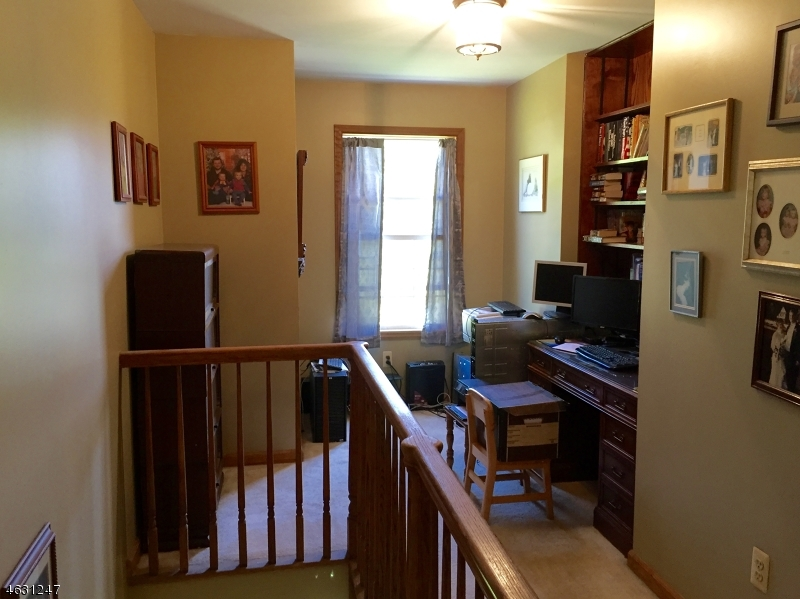 Additional photo for property listing at 8 Larkspur Lane  Newton, New Jersey 07860 United States