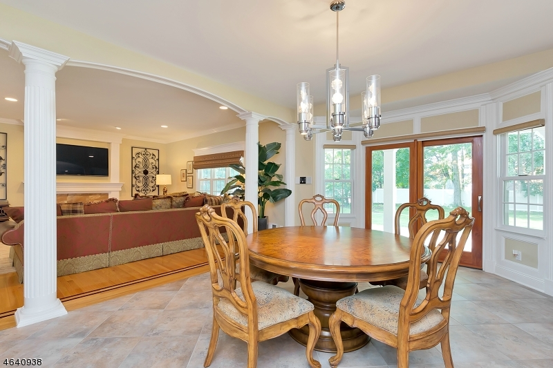 Additional photo for property listing at 2076 Westfield Road Circle  Scotch Plains, Nueva Jersey 07076 Estados Unidos