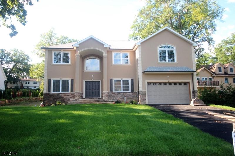 Частный односемейный дом для того Продажа на 86 New Street Wayne, Нью-Джерси 07470 Соединенные Штаты