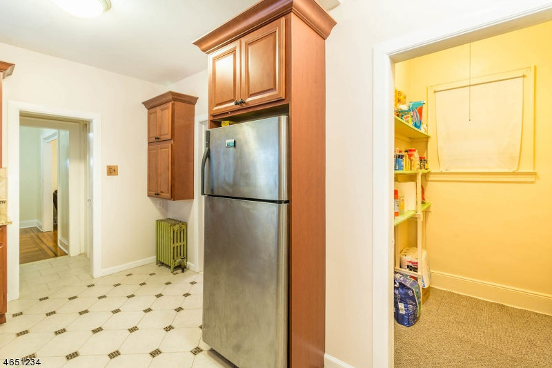Additional photo for property listing at 1921 Dill Avenue  Linden, New Jersey 07036 United States