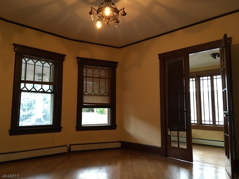 Additional photo for property listing at 80 W Cliff Street  Somerville, 新泽西州 08876 美国