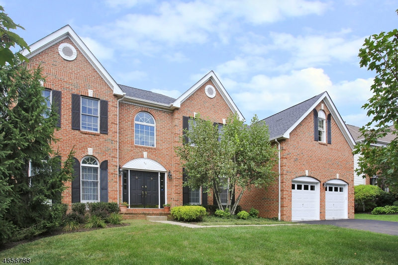 Casa Unifamiliar por un Alquiler en 40 Ramapo Drive Basking Ridge, Nueva Jersey 07920 Estados Unidos