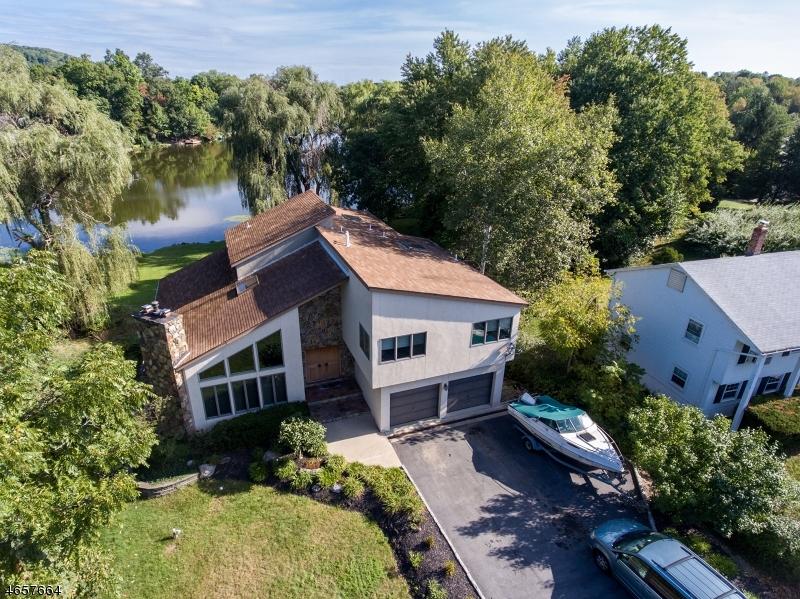 Maison unifamiliale pour l Vente à 133 Lounsberry Hollow Road Sussex, New Jersey 07461 États-Unis