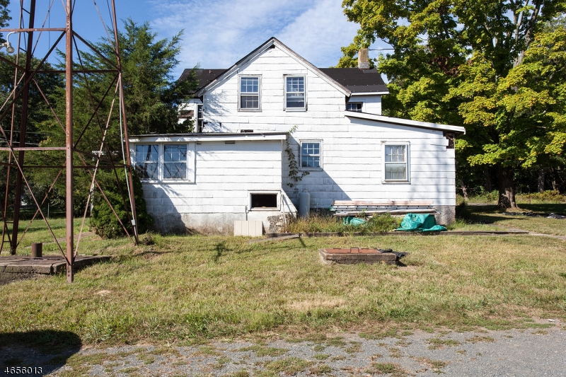 Additional photo for property listing at 551 Spring Hill Road  Skillman, New Jersey 08558 United States
