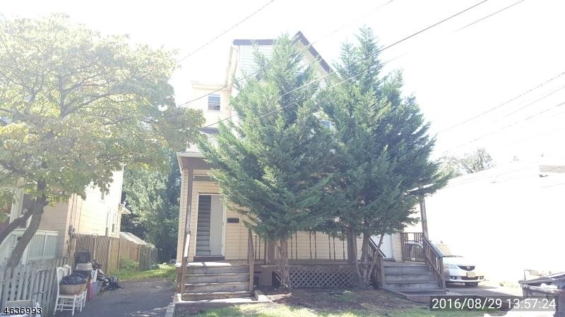 Maison avec plusieurs logements pour l Vente à 1088 Arlington Avenue Plainfield, New Jersey 07060 États-Unis