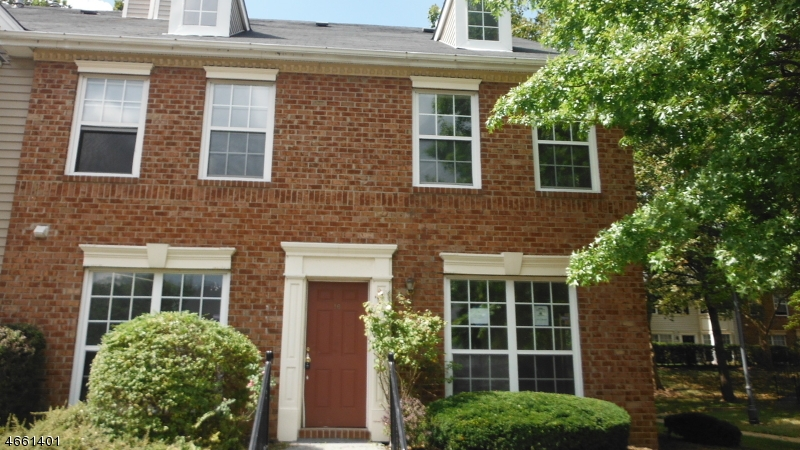 Additional photo for property listing at 16 Howard Court  Newark, New Jersey 07103 United States