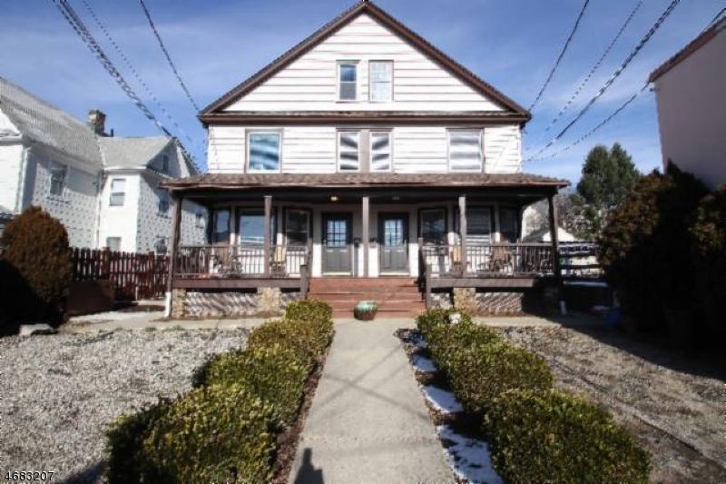 Casa Unifamiliar por un Alquiler en 384 Bloomfield Avenue Verona, Nueva Jersey 07044 Estados Unidos