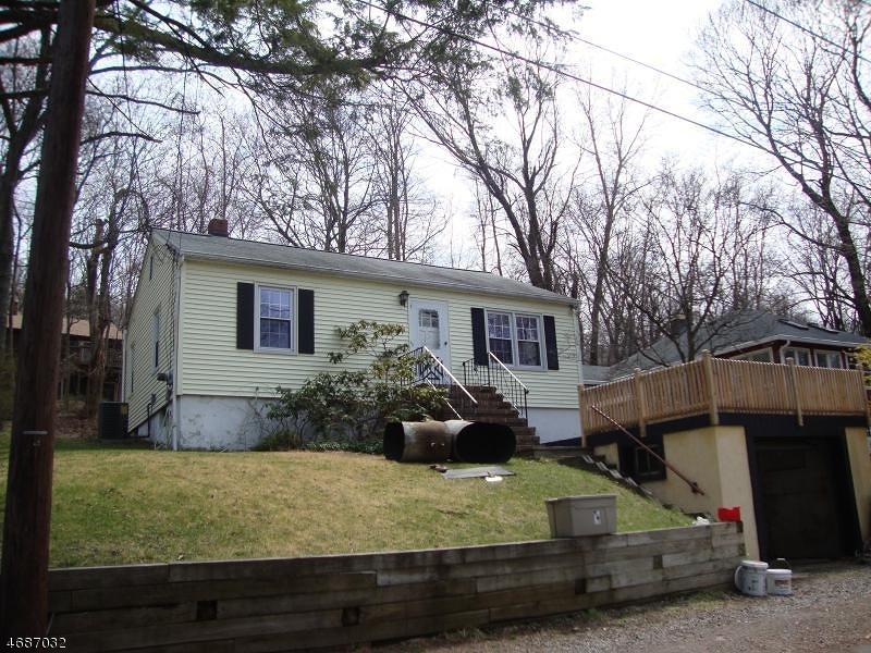 Casa Unifamiliar por un Alquiler en 121 Hillside Road Sparta, Nueva Jersey 07871 Estados Unidos