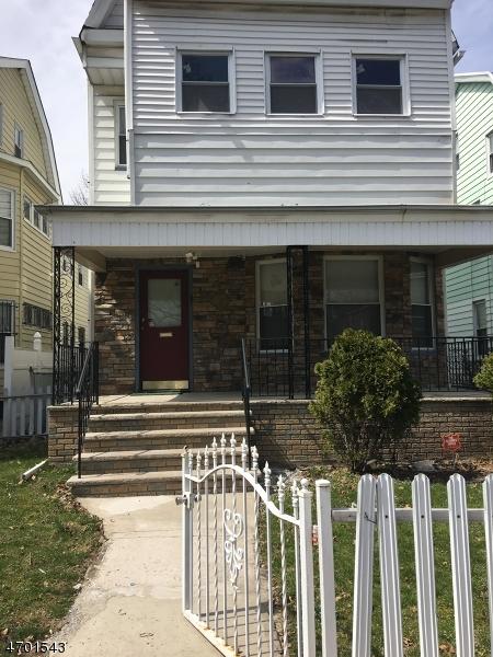 Casa Unifamiliar por un Alquiler en 65 Ellington Street East Orange, Nueva Jersey 07017 Estados Unidos