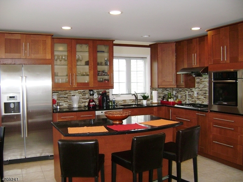 Частный односемейный дом для того Продажа на Address Not Available Hardyston, 07419 Соединенные Штаты