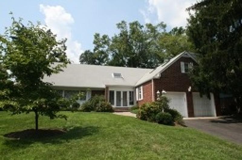 Maison unifamiliale pour l à louer à 482 Ridgewood Avenue Glen Ridge, New Jersey 07028 États-Unis