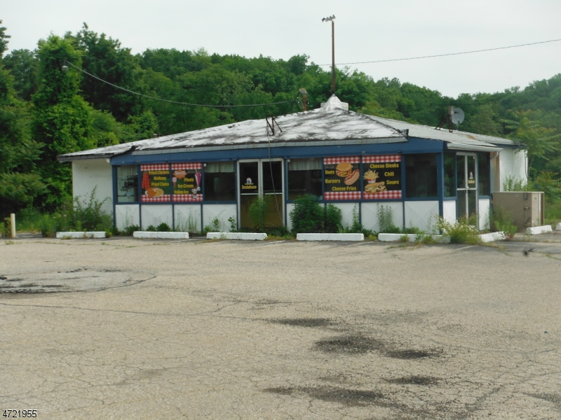 komerziell für Verkauf beim 515 Route 206 515 Route 206 Andover Township, New Jersey 07821 Vereinigte Staaten