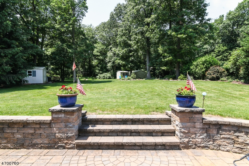 Additional photo for property listing at Address Not Available  Wayne, New Jersey 07470 États-Unis