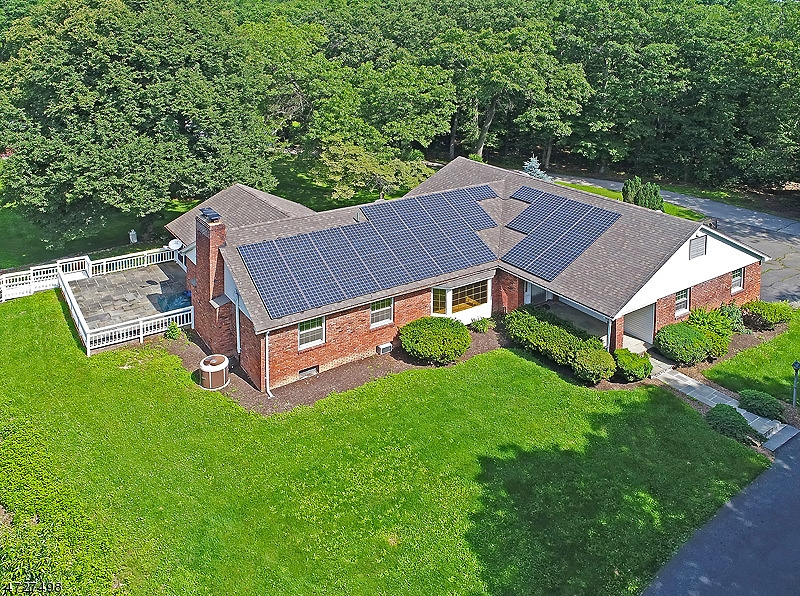 独户住宅 为 销售 在 52 Fredonia Road Fredon, 新泽西州 07860 美国
