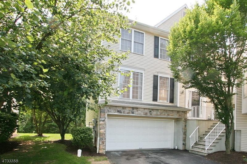 Частный односемейный дом для того Аренда на 24 Arrowgate Drive Randolph, Нью-Джерси 07869 Соединенные Штаты