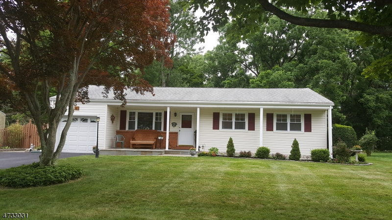 Single Family Home for Sale at 147 College View Drive Hackettstown, New Jersey 07840 United States
