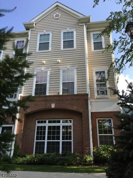 Casa Unifamiliar por un Alquiler en 513 Deluca Road Belleville, Nueva Jersey 07109 Estados Unidos