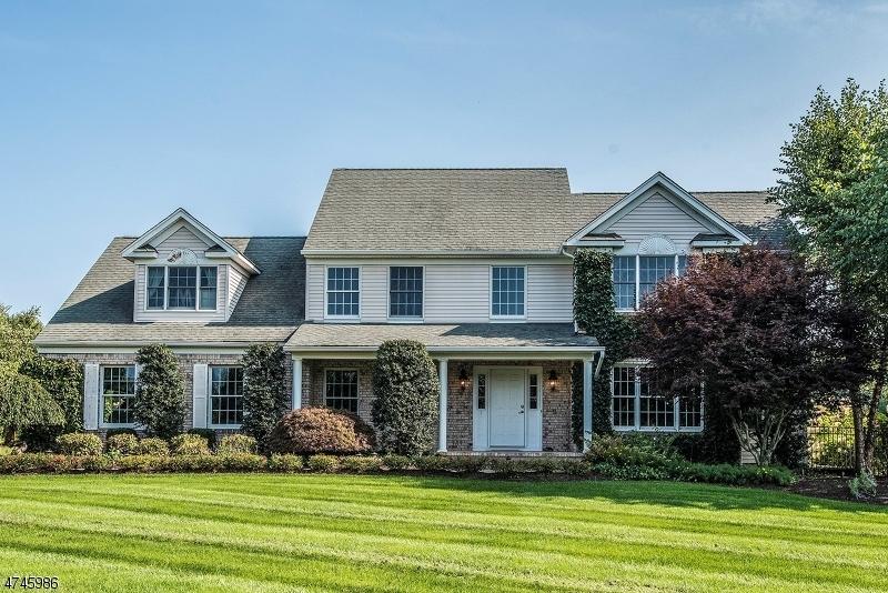 Частный односемейный дом для того Продажа на 4 Cobble Hill Road Allamuchy, 07821 Соединенные Штаты