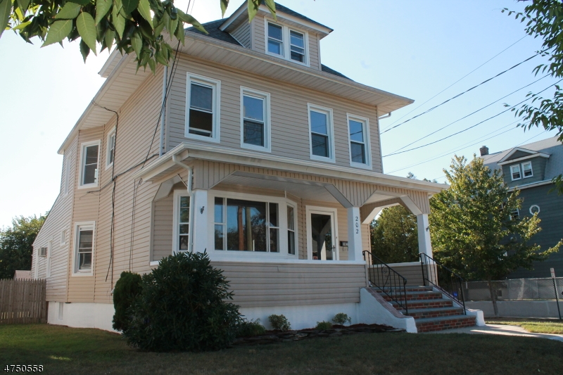 Single Family Home for Sale at 202 Fern Avenue Lyndhurst, New Jersey 07071 United States