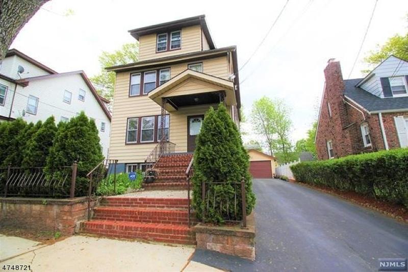 独户住宅 为 出租 在 23-25 BACHMAN Place Irvington, 新泽西州 07111 美国