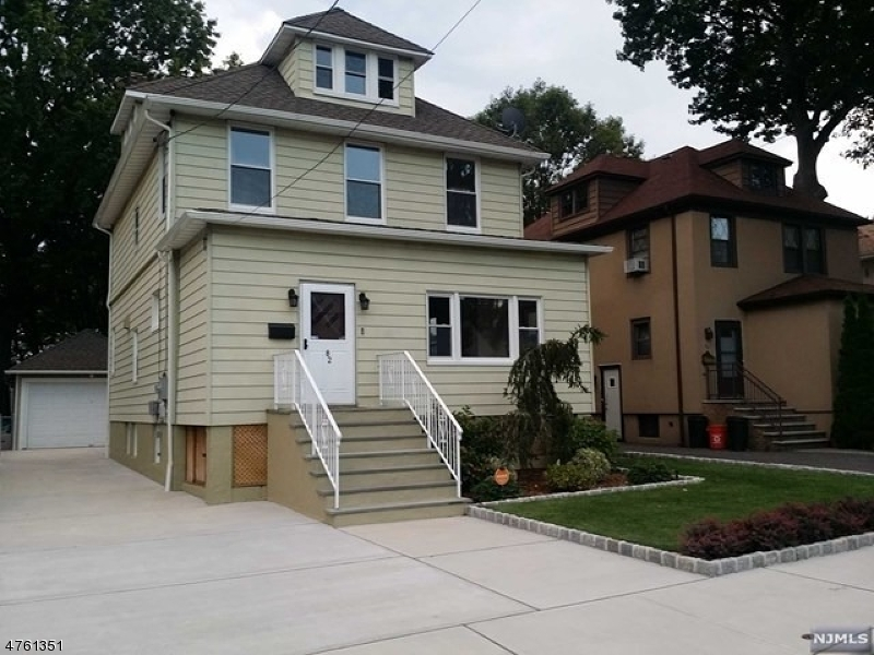 Single Family Home for Sale at 82 Oakdene Avenue 82 Oakdene Avenue Cliffside Park, New Jersey 07010 United States